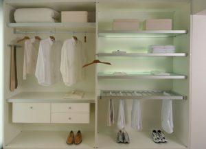 Organizar el fondo de armario. Fácil, práctico y sencillo.